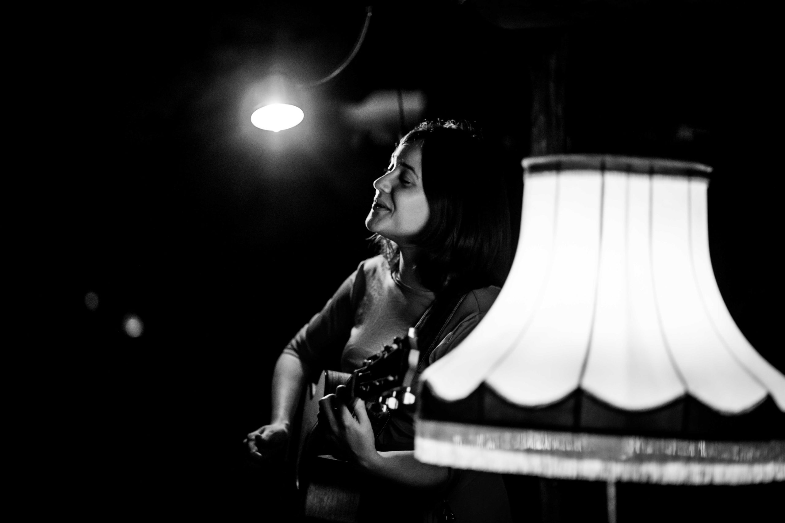Ines Herrmann || SINGER/SONGWRITERIN